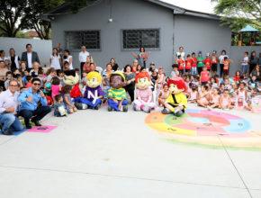 Crianças de Cianorte ganham assinatura do Nosso Amiguinho
