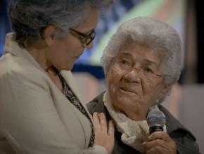 Homenagem Dia do Professor – Aluna e professora se reencontram 40 anos depois