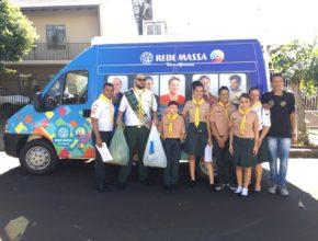 Desbravadores e aventureiros de Londrina arrecadam agasalhos