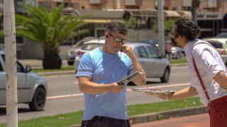 TV Tribuna (SBT) | Garçons 'servem' livros durante Impacto Esperança